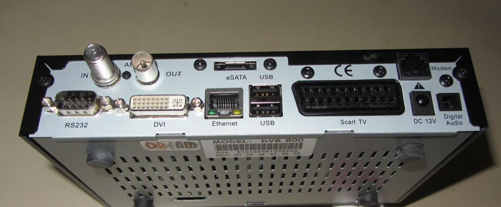 800 dvb-c clone backside.jpg